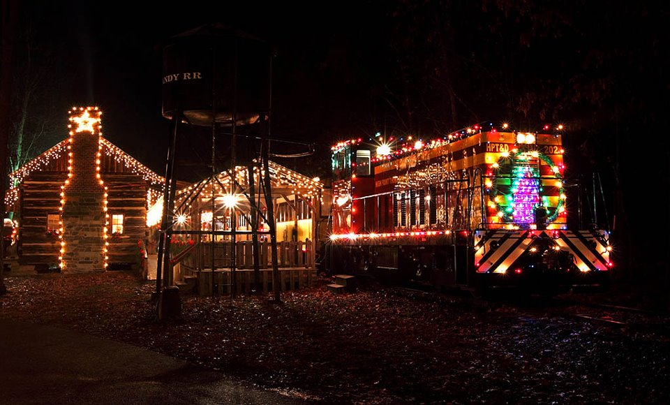 Christmas Train Cast.Country Christmas Train Denton Farmpark