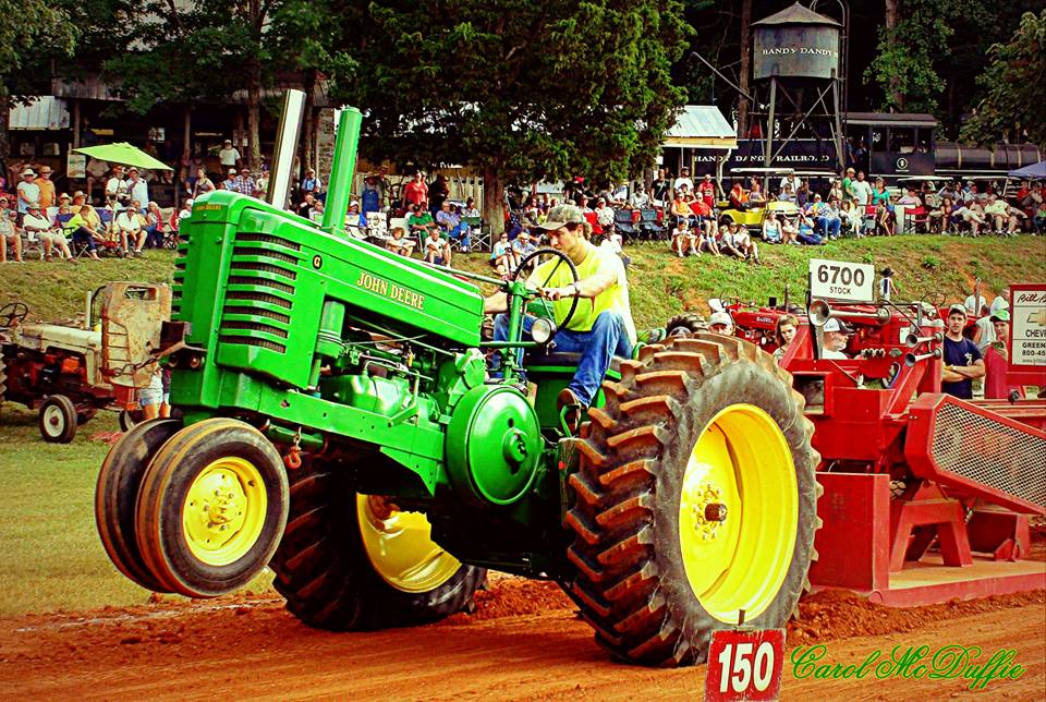 Tractor Pulling Train : Tractor pulls denton farmpark